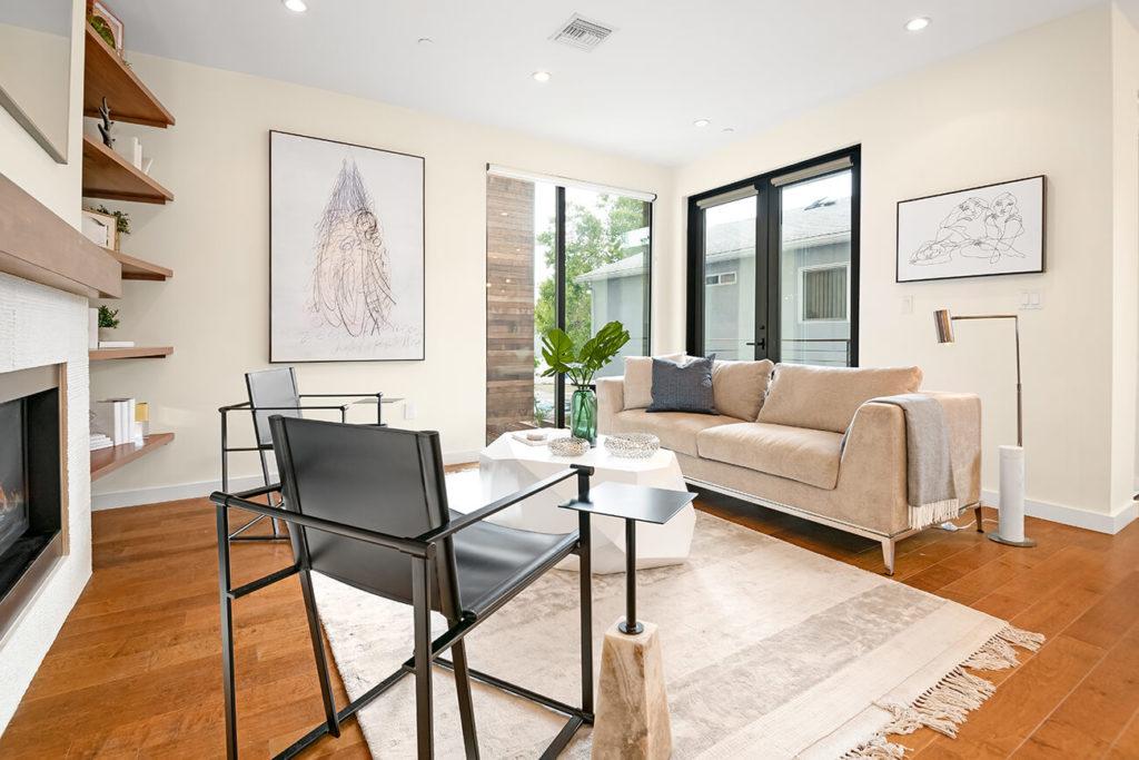 real estate photo edit blend photoup living room